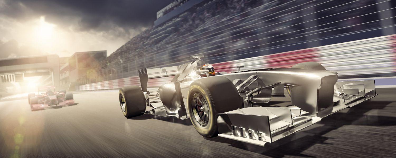 2つのレーシングカーは、それぞれメモリ速度とCASレイテンシーを表しています。