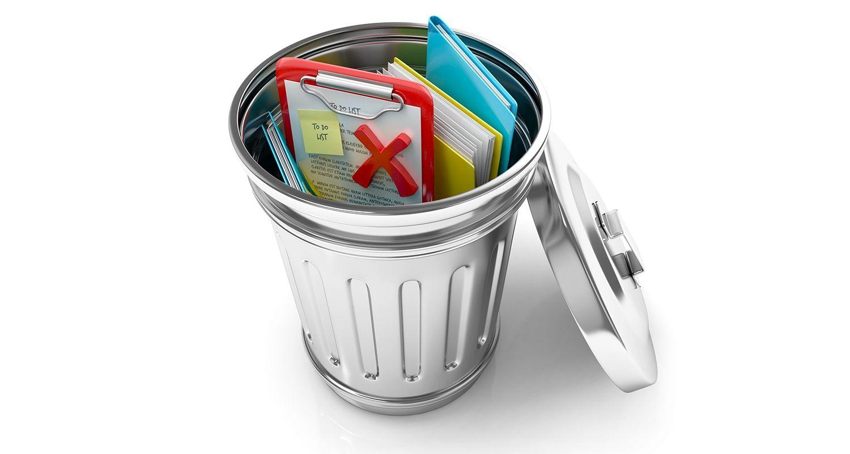 廃棄された文書やデータファイルを含むゴミ箱で、ユーザーがクッキーやインターネット一時ファイルを削除していることを表します